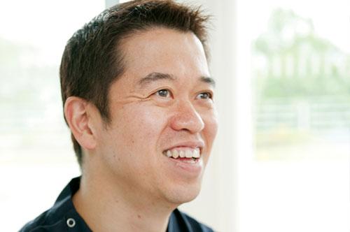 足の外科の専門家である齋藤滋医師が担当します