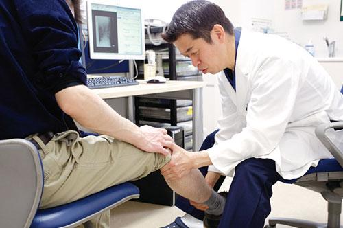 患者さま一人ひとりの足に合わせた治療にこだわり、丁寧に治療を進めていきます